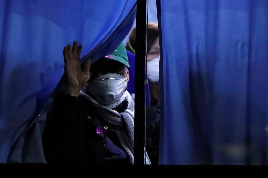 Coronavirus : l'évacuation des passagers américains du Diamond Princess en images