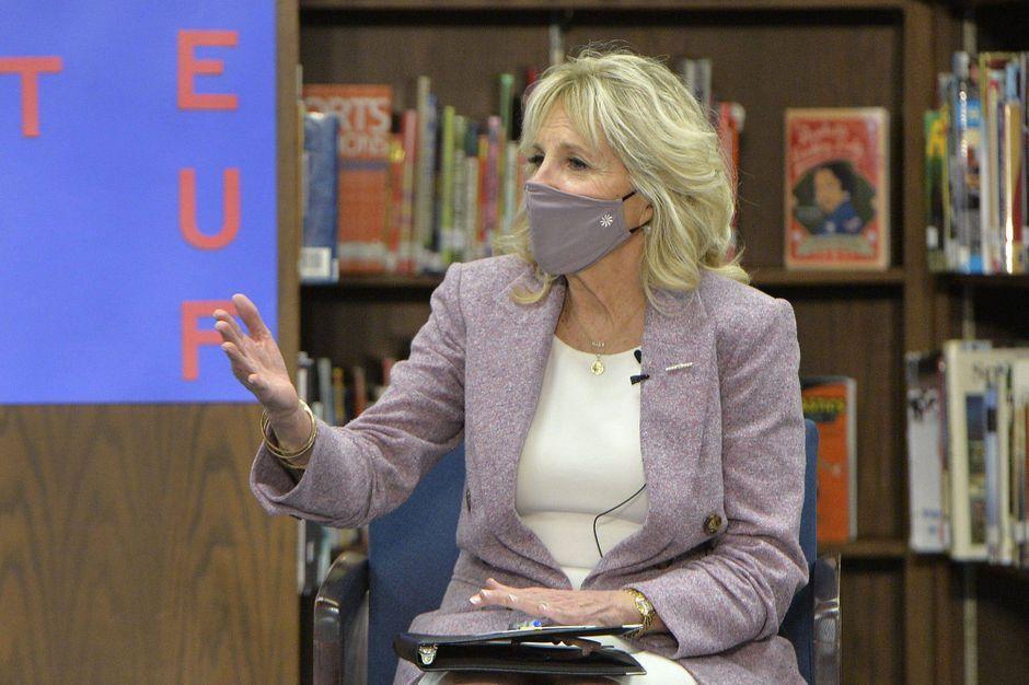 Jill Biden de retour à l'enseignement en personne