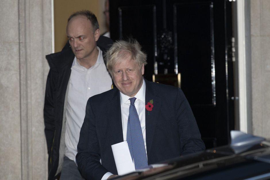 L'ex bras droit de Boris Johnson, Dominic Cummings, écharpe le Premier ministre
