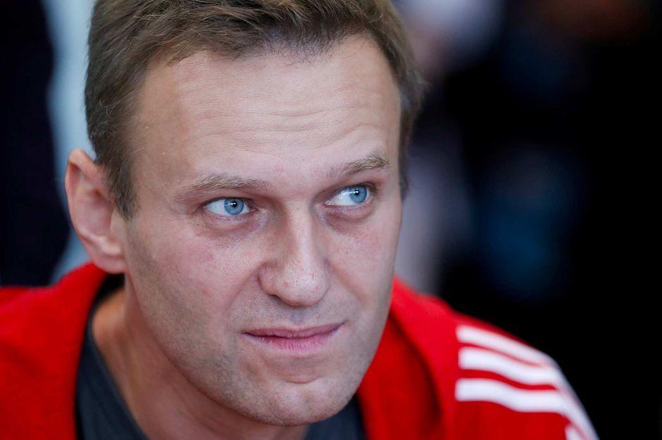 """L'opposant russe Navalny félicite Mouratov pour son Nobel """"bien mérité"""""""