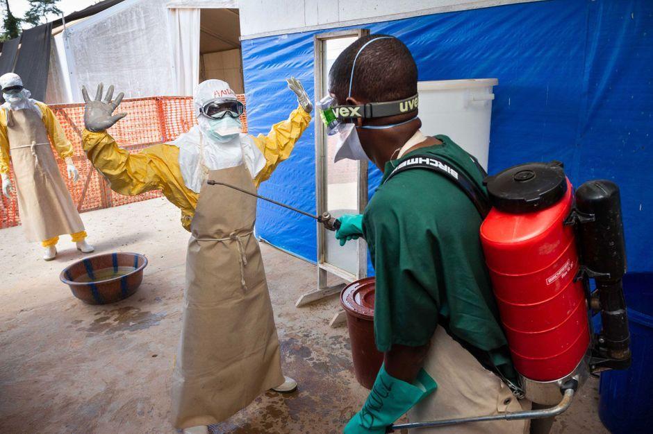 La résistance à la lutte contre Ebola en Guinée reste élevée - Paris Match