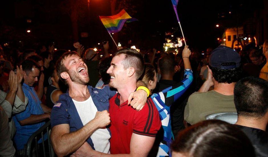 rencontre gay paris 10 à Le Grand-Quevilly