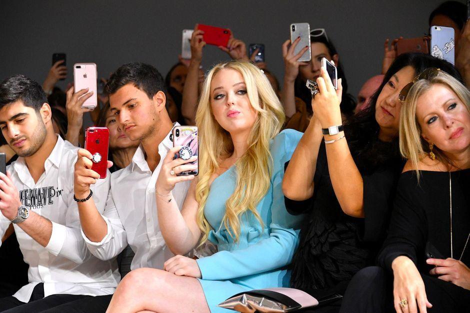 Rare sortie officielle à la Fashion week pour Tiffany Trump
