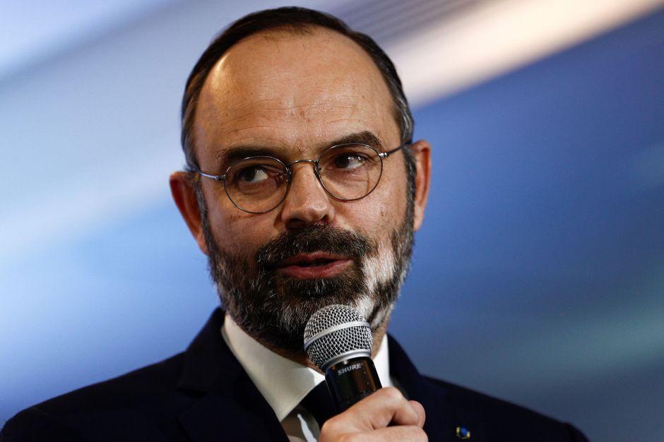 """""""Elle sera une exceptionnelle maire de Paris"""" : à l'Assemblée, Philippe vante Buzyn et fâche"""