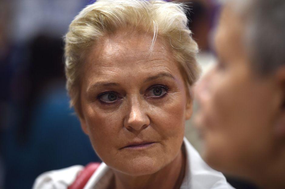 Municipales : Marie-Caroline, soeur aînée de Marine Le Pen, candidate à Calais