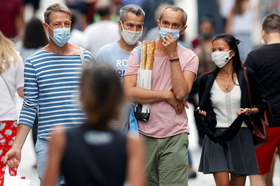 Fumer, manger… ce qui va changer avec le port du masque obligatoire à Paris
