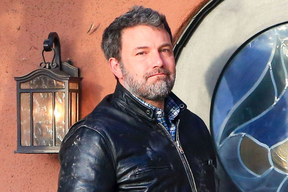 Ben Affleck assume son immense tatouage dans le dos