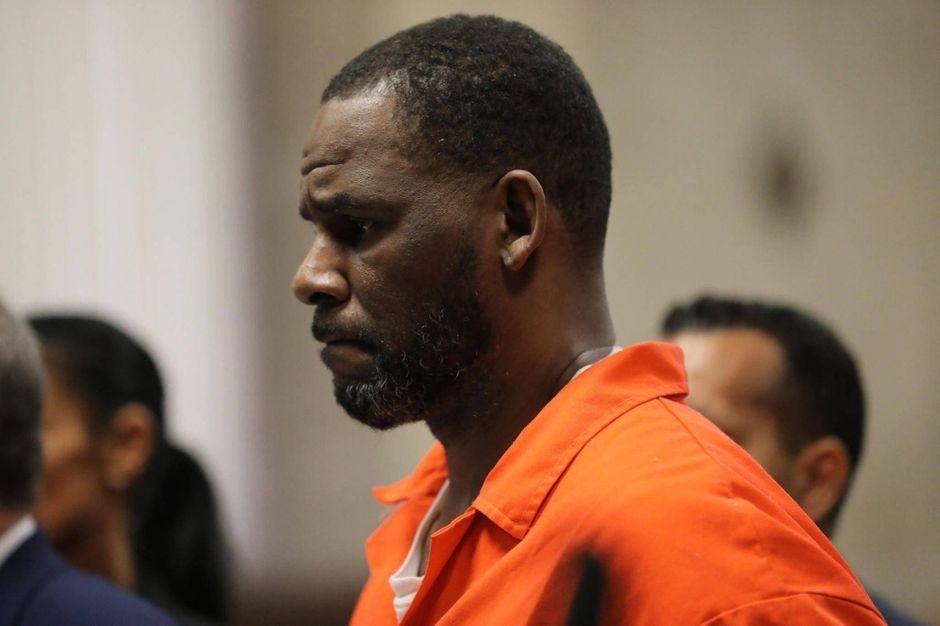 Persuadé qu'il va y contracter le coronavirus, R. Kelly veut sortir de  prison