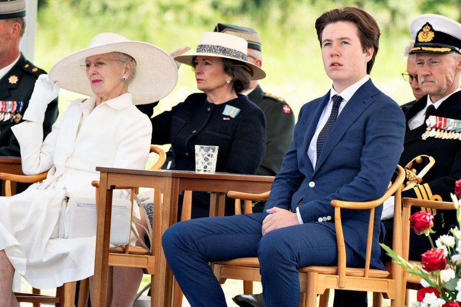 Le prince Christian de Danemark a assuré son premier engagement officiel avec sa grand-mère