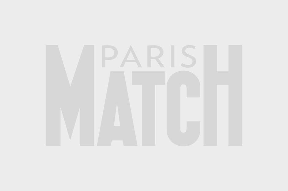 Madeleine rayonnante pour son premier engagement officiel en Floride - Paris Match