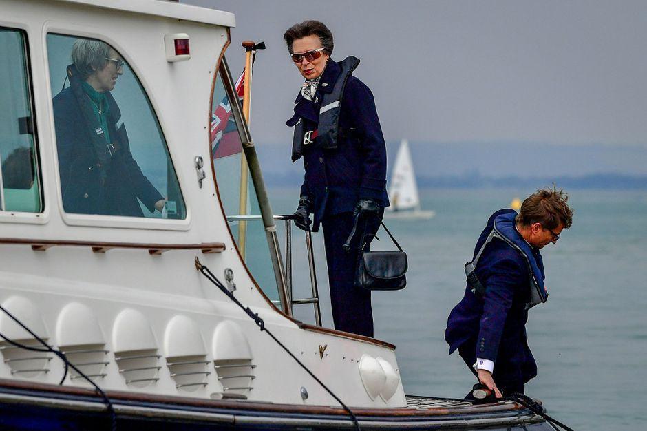 La princesse Anne sur l'île de Wight, première sortie officielle depuis la mort du prince Philip