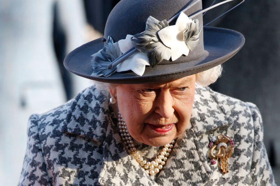 La reine Elizabeth II a repris ses activités royales, ce mardi, avec une audience privée