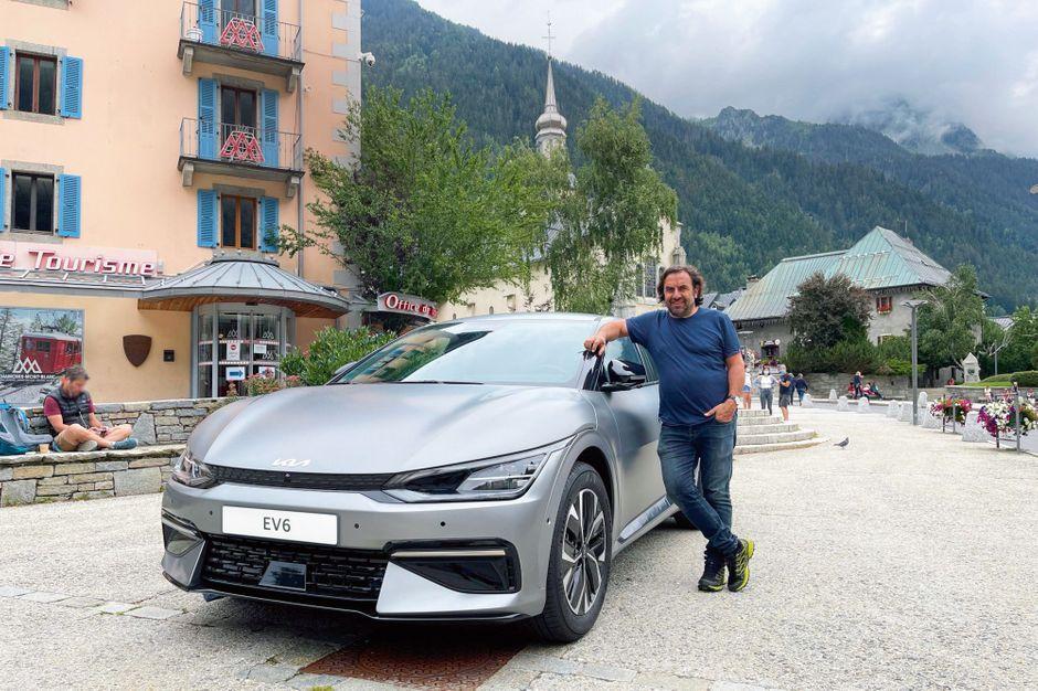 La Kia EV6 électrise André Manoukian