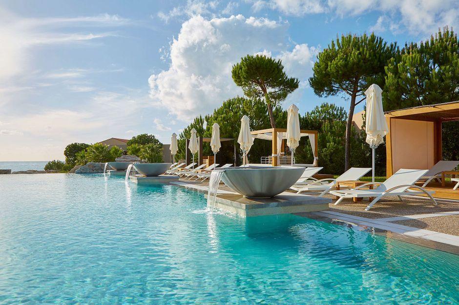 Sous la Loupe de Paris Match : le Westin Resort à Kalamata en Grèce