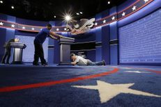 Derniers préparatifs avant le débat Trump-Clinton
