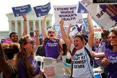 La Cour suprême américaine confirme son attachement au droit à l'avortement
