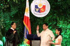 Philippines : Rodrigo Duterte est officiellement président