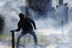 A Paris, des violences pendant le défilé du 1er mai