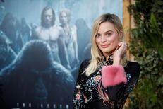 """Margot Robbie fait battre le coeur de """"Tarzan"""" lors de l'avant-première"""